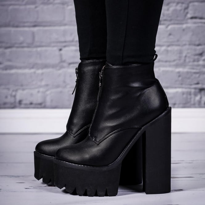 bandit-chunky-cleated-sole-zip-platform-ankle-boots-black-leather-style-p2182-10430_medium.jpg