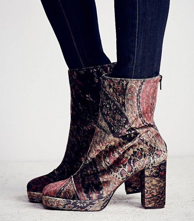 tuesdayshoesday-shop-the-coolest-velvet-boots-1519631.640x0c.jpg
